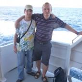 Lukáš s patronem projektu na lodi plující z Egypta do Jordánska